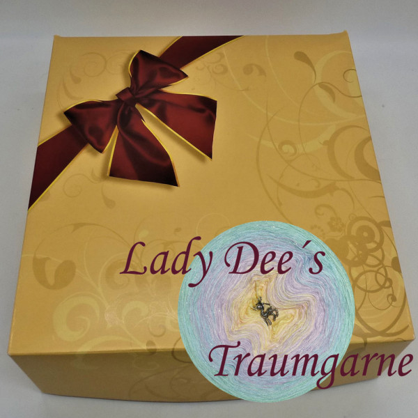 Lady Dee's Ostereier in Riesenmenge in Gratis Geschenkpackung