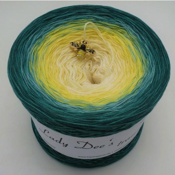 Lady Dee's Blütenkelch