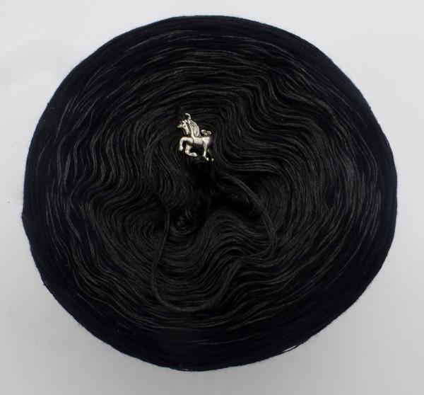 Black Beauty - Grösse nach Wahl - Schwarz außen